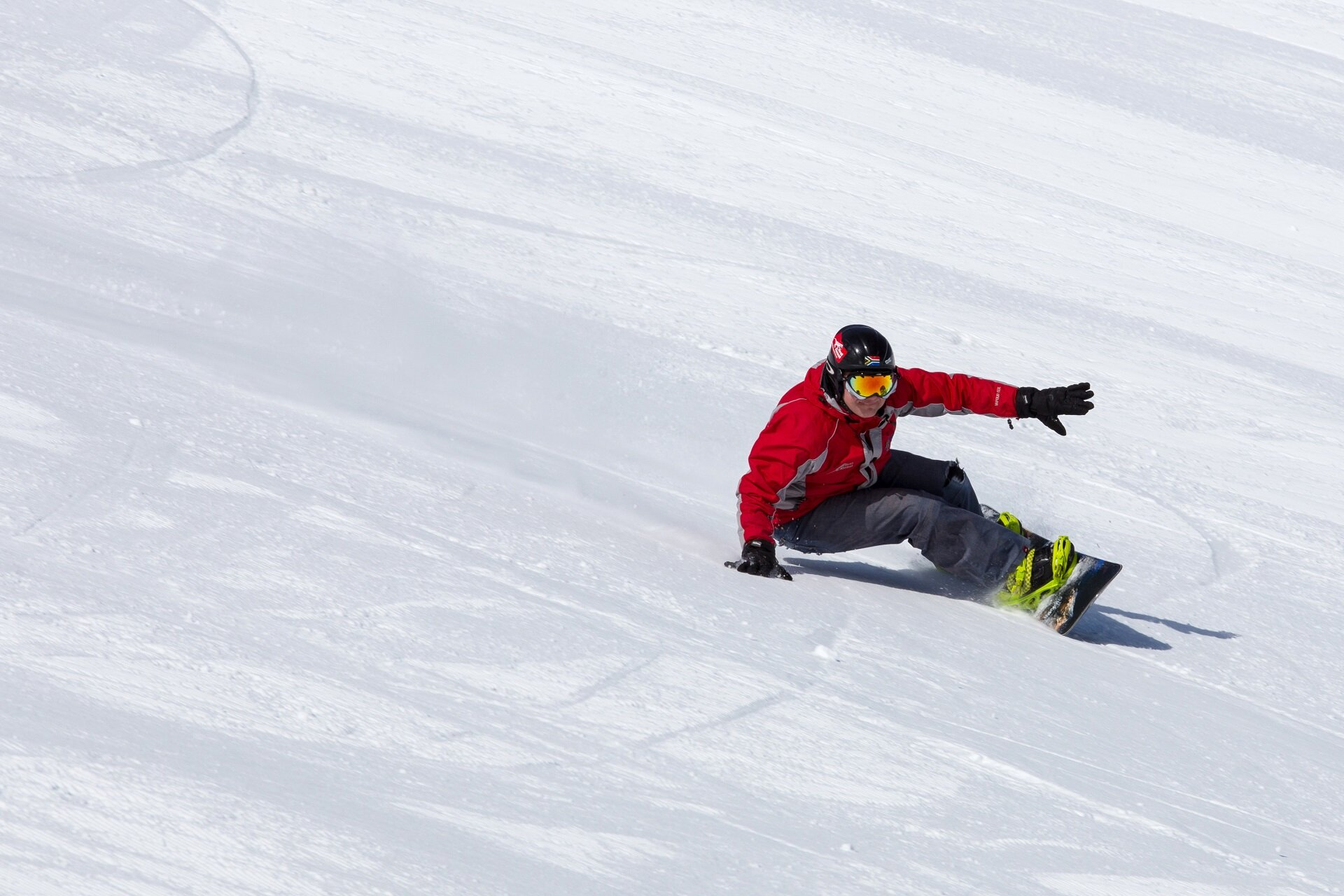 Kasprowy photo shoot snowboard carving in soft boots